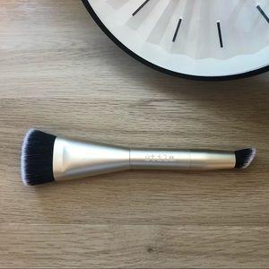Stila Contour Brush